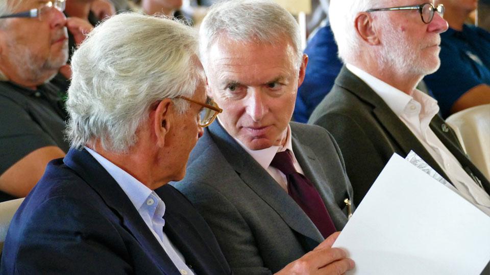 BGV-Präsident Arno Malte Uhlig mit Ministerialdirigent Dr. Alois Bogenrieder   © Foto: DGV/Kirmaier