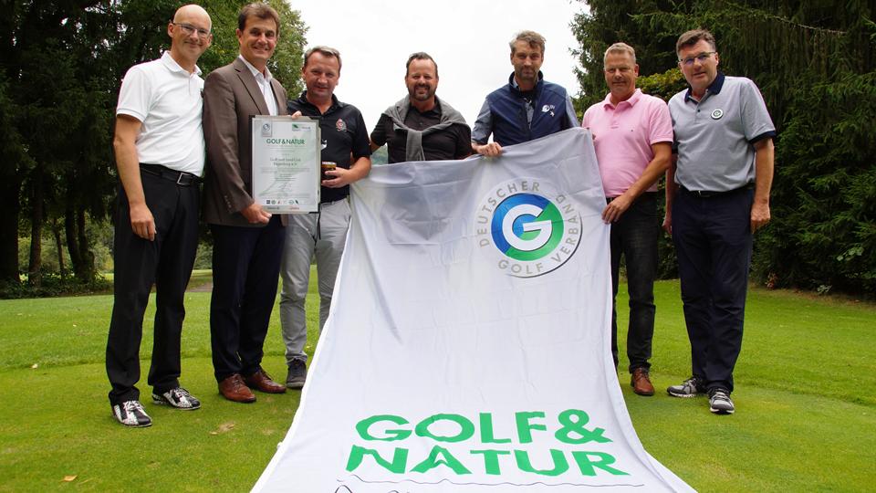v.l.n.r. C. Früh (Clubmanager), Dr. B. Zimmermann (Präsident), C. Löffl (Head-Greenkeeper), O. Banse-Cabus (Leiter Golfschule), T. Aumer (LBV), K. Schützmann (Vorstand Platz), Dr. G. Hardt (Auditor DGV)