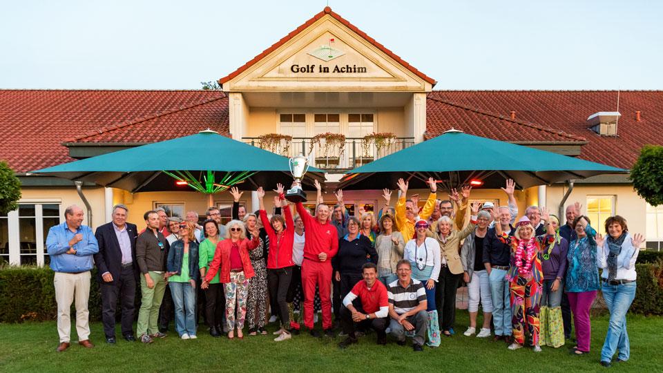 Super Stimmung und große Ehrung im Achimer Golfclub! (Bild: Achimer Golfclub)