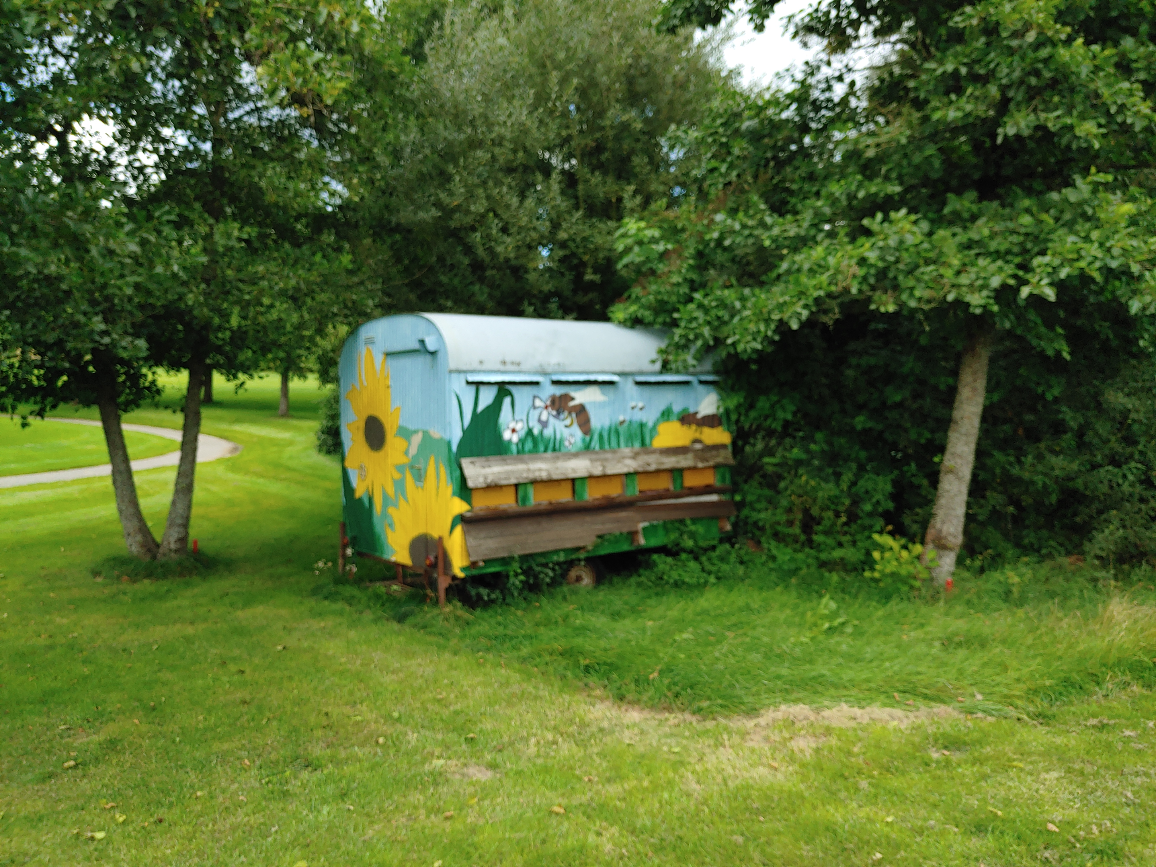 Der Bienenwagen